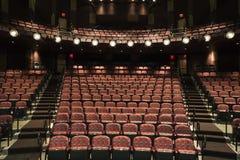 Sièges vides dans le théâtre Photographie stock libre de droits