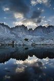 Siërra bergmeer Stock Fotografie