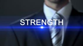 Siła, biznesmen jest ubranym kostiumu macania ekran, potężnego, możliwości zbiory wideo