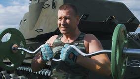 Siły szkolenie przy militarną bazą zbiory