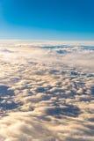 si appanna lo skyscape del cielo Vista dalla finestra di un volo dell'aeroplano Fotografia Stock Libera da Diritti