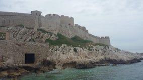 Si castillo delante de Marsella Foto de archivo libre de regalías