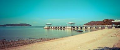 Si Chang Island van de Asdangbrug @ Stock Foto