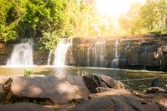 Si dit Wasserfall in khao kho Nationalpark Stockfotos