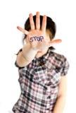 L'image lumineuse de la fille fait un geste d'arrêt Photos libres de droits