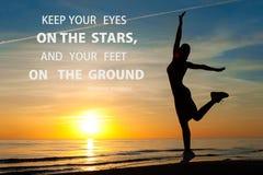 Sia citazione ispiratrice motivazionale saggia e felice Immagine Stock