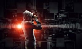 Sia informato dell'attacco del pirata informatico Media misti Immagine Stock