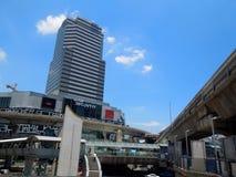 Siam Center is een winkelcentrum dichtbij de Post van Siam BTS in Bangkok, Thailand stock afbeeldingen