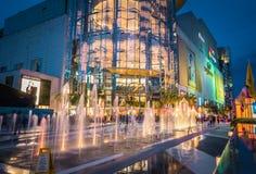 Siam Paragon Shopping galleria i Bangkok, Thailand arkivfoton