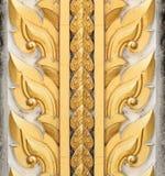 Siamesische Artskulpturkunst auf Tür Lizenzfreie Stockbilder