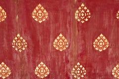 Siamesische Auslegungen auf altem Holz lizenzfreie stockbilder