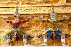 Siamesische Dämonen im großartigen Palast Lizenzfreie Stockfotos