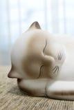 Siamesische Katze der Statuette Lizenzfreie Stockfotografie