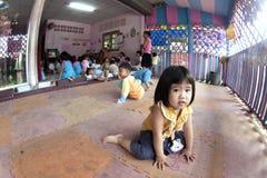 Siamesische Kinder im Kindergarten Lizenzfreies Stockbild
