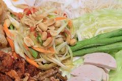 Siamesische Nahrung des grünen Papayasalats Lizenzfreie Stockbilder