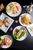 Siamesische Nahrungsmittelteller Stockfotos