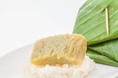 Siamesischer Nachtisch, klebriger Reis mit gedämpftem Vanillepudding Stockfotografie