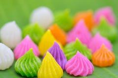 Siamesischer süßer Nachtisch Aalaw-Süßigkeit gemacht vom Weizenmehl, Kichererbse Lizenzfreie Stockfotografie