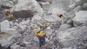 Siarka pracownik, góry Kawah Ijen wulkan zbiory