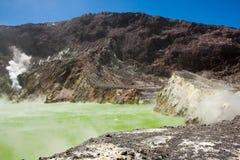 Siarki Krater jezioro Obrazy Royalty Free