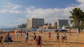 Siatkówki drużyny pociągi na waikiki plaży zbiory