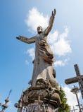 SIAULIAI, LITUÂNIA - 12 DE JULHO DE 2015: O monte das cruzes Foto de Stock Royalty Free