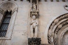 SIBENIK, 26.2017 Κροατία-Μαΐου: Καθεδρικός ναός του ST James σε Sibenik, περιοχή παγκόσμιων κληρονομιών της ΟΥΝΕΣΚΟ στην Κροατία  Στοκ εικόνες με δικαίωμα ελεύθερης χρήσης