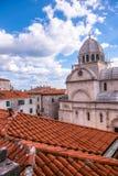 SIBENIK, Хорвати-май 26,2017: Собор St James в Sibenik, месте всемирного наследия ЮНЕСКО в Хорватии Sibenik, собор, Хорватия Стоковое Фото