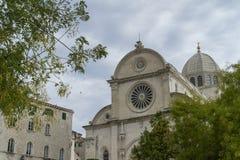 Sibenik, Croácia, o 10 de outubro de 2017, detalhes de igreja Foto de Stock