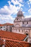 SIBENIK, maj 26,2017: St James katedra w Sibenik, UNESCO światowego dziedzictwa miejsce w Chorwacja Sibenik katedra, Chorwacja Zdjęcia Stock