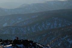 Siberian taiga, vinter Ryssland, berg Royaltyfri Fotografi