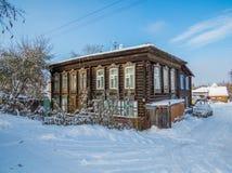 Siberian trähus royaltyfria foton