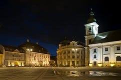 Sibiu bij nacht Stock Fotografie