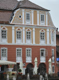 Sibiu, am 16. Juni: Historisches Haus vom Stadtzentrum von Sibiu Rumänien Lizenzfreie Stockfotografie
