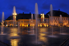 Sibiu - nattsikt - Rumänien royaltyfria bilder