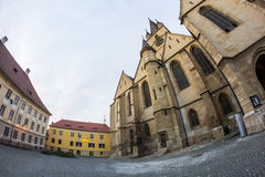24 12 2014 SIBIU, ROMÊNIA Composição abstrata e detalhes arquitetónicos da catedral evangélica Imagem de Stock Royalty Free