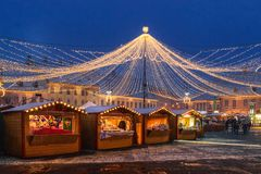 Sibiu, Roumanie - 27 novembre 2017 : Marché de Noël à Sibiu Photographie stock