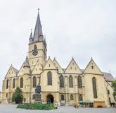 Sibiu Rumänien: Lutherandomkyrkan av St Mary royaltyfri fotografi