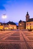 Sibiu 's nachts Centrum Stock Afbeeldingen