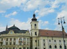 Sibiu stadhuis en stadscentrum Stock Afbeelding