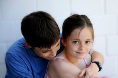 Siblings in samenhang Stock Foto's