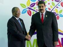 Sibusiso Barnabas Dlamini premiärminister av Konungariket Swaziland och venezuelansk president Nicolas Maduro royaltyfri bild