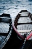 Sich hin- und herbewegende Boote Lizenzfreie Stockbilder