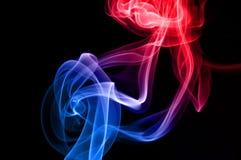 Sich hin- und herbewegender Rauch Stockfotos