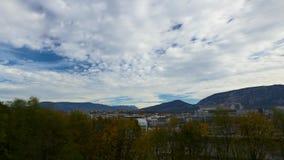Sich schnell bewegende Wolken Genfs stock video footage