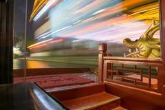 Sich schnell bewegendes Boot nachts Stockbild