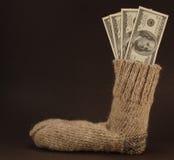 Sicheres Geld auf Schwarzem. Lizenzfreie Stockfotografie