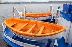 Sicherheitsrettungsboote des Passagierschiffs Stockfotos