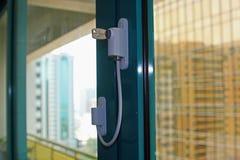 Sicherheitsschloß auf Terrassentüren Lizenzfreie Stockfotografie