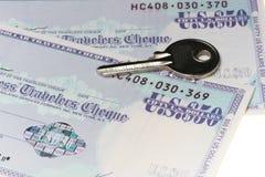 Sichern Sie Reisende Checks Lizenzfreie Stockfotografie